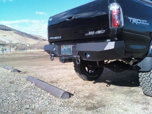 03-06_Tundra_Rear_welded_in_hitch_2_1000x.jpg