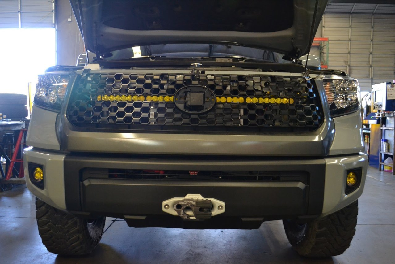 Sdhq S 2014 Tundra Behind The Grille Led Light Bar Mount
