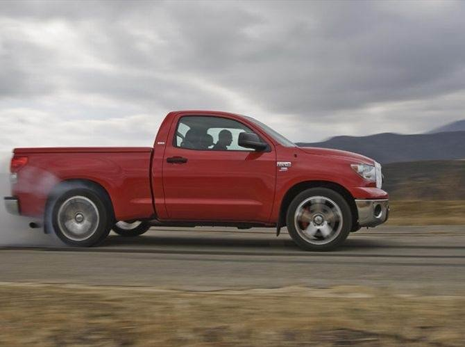 112_0811_14z%2b2008_toyota_tundra_TRD_supercharged%2bside_view.jpg