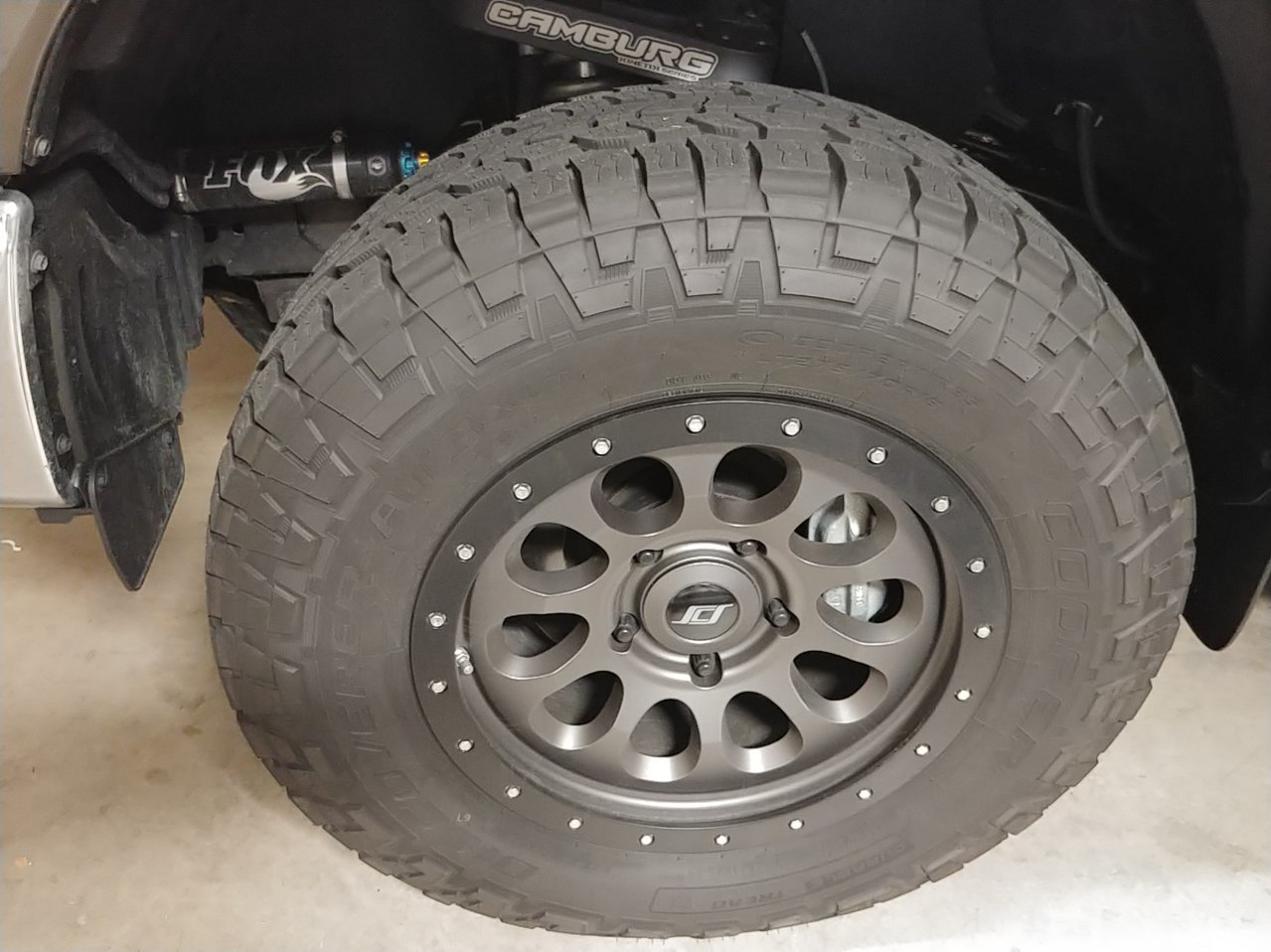 New Fox coils and Camburg Kinetik uppers | Toyota Tundra Forum