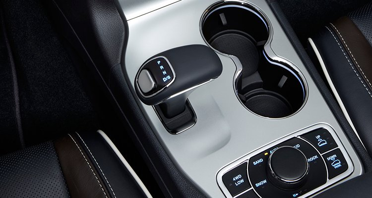 2014-Jeep-Grand-Cherokee-shifter-pr-Cars-II.jpg