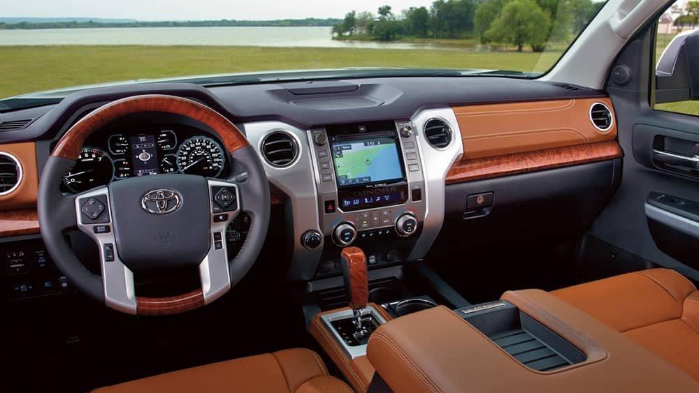 2018-Toyota-Tundra-dashboard.jpg