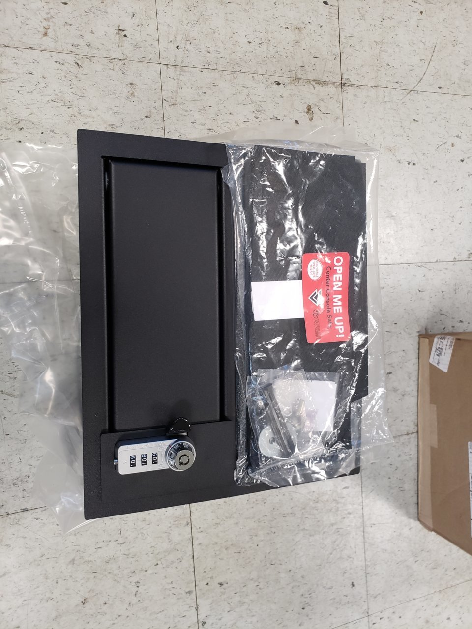 Duraliner Bed Liner >> 14-18 TUNDRA GUN SAFE FOR CENTER CONSOLE 00016-34174 $220 ...