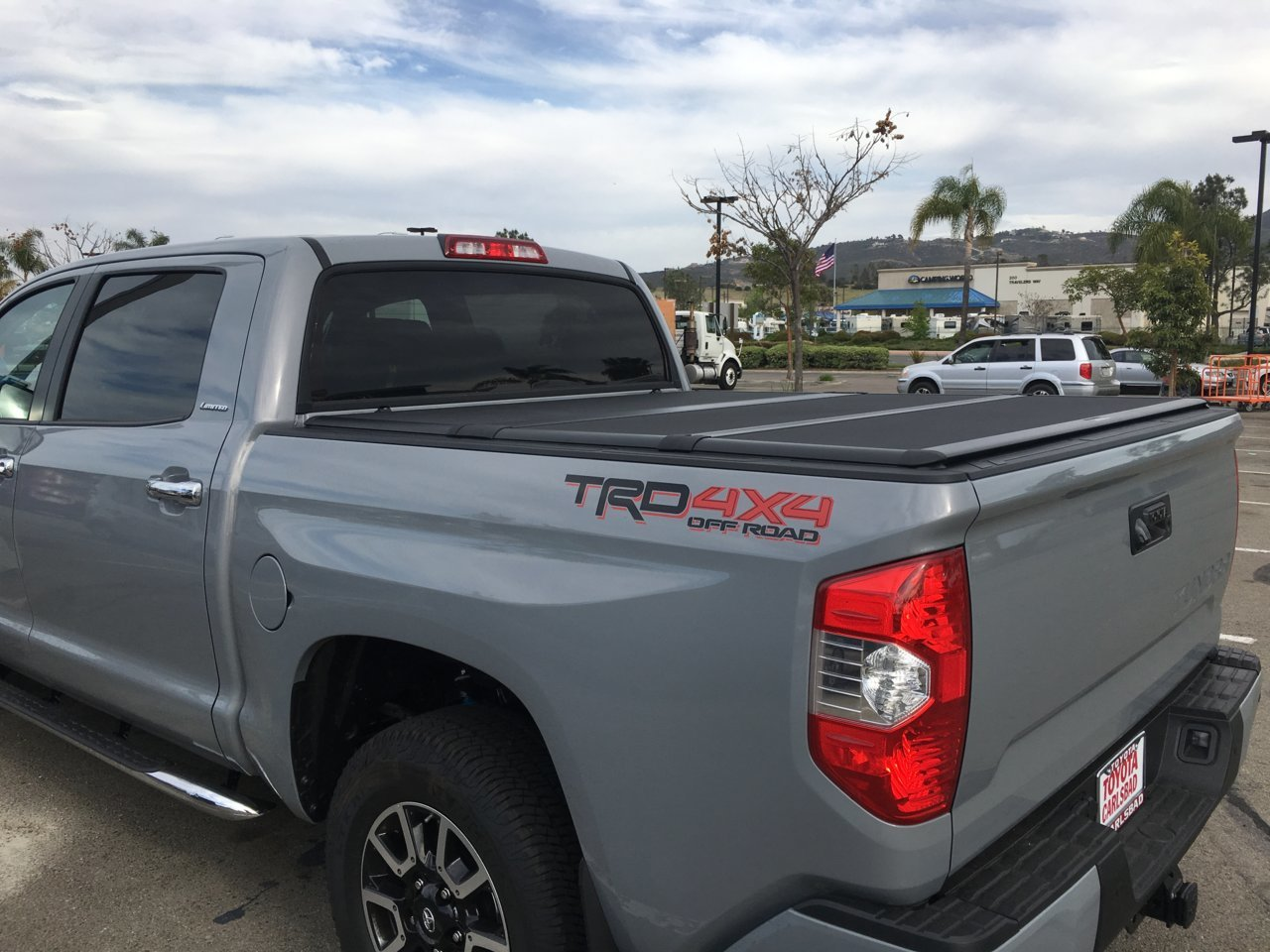 Oem Tonneau Bed Cover Question Toyota Tundra Forum