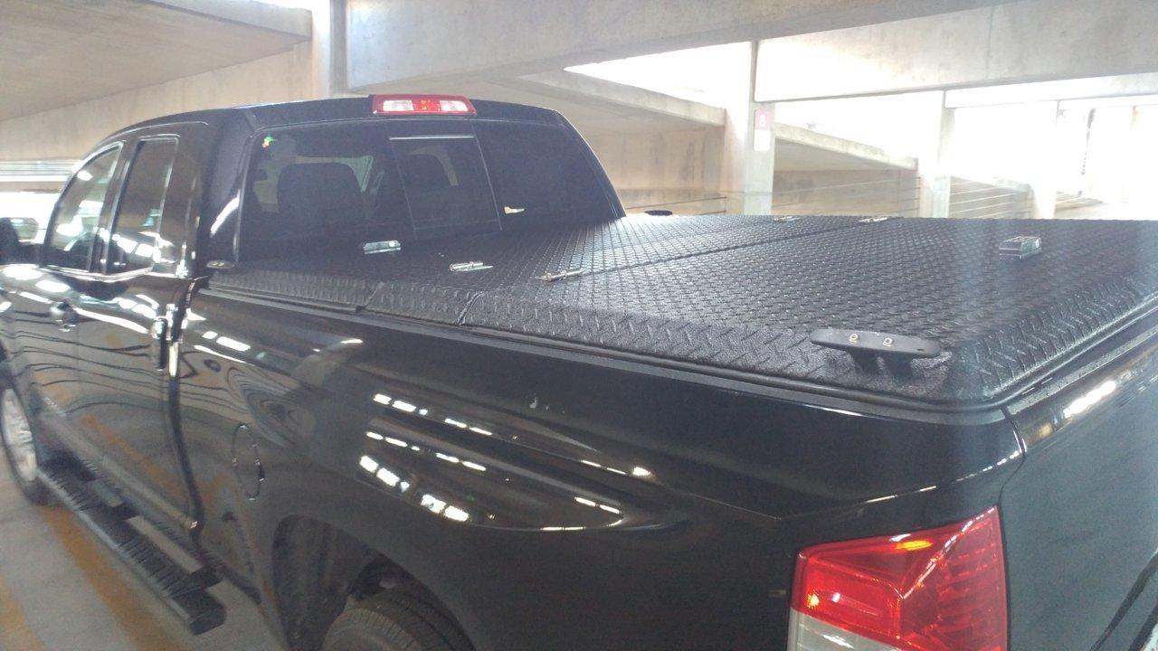 Diamondback SE on Black Tundra _1.jpg