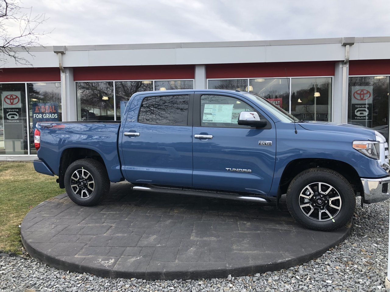 blue toyota tundra crewmax with lift kit choice image