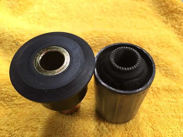 Ekstrom_Design_Poly_bushing.jpg