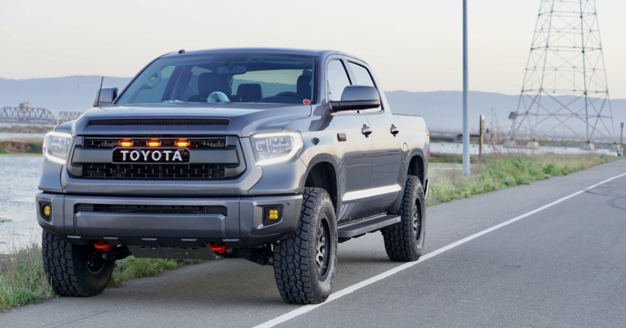 Rb20 vs Rb10s Go Rhino step bars | Toyota Tundra Forum