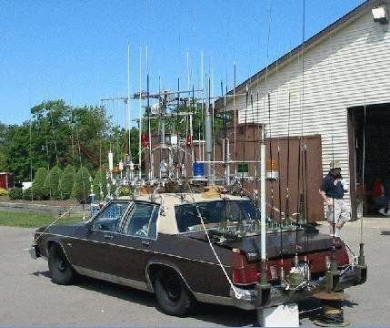 ham-radio-antennas-galore.jpg