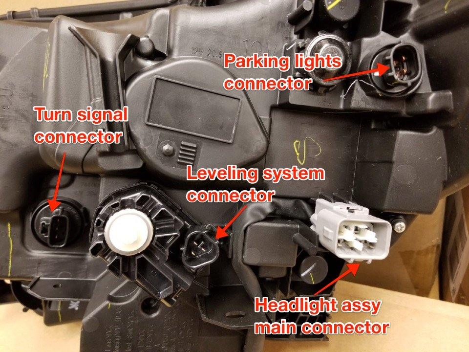 Headlight assy connectors view.jpg