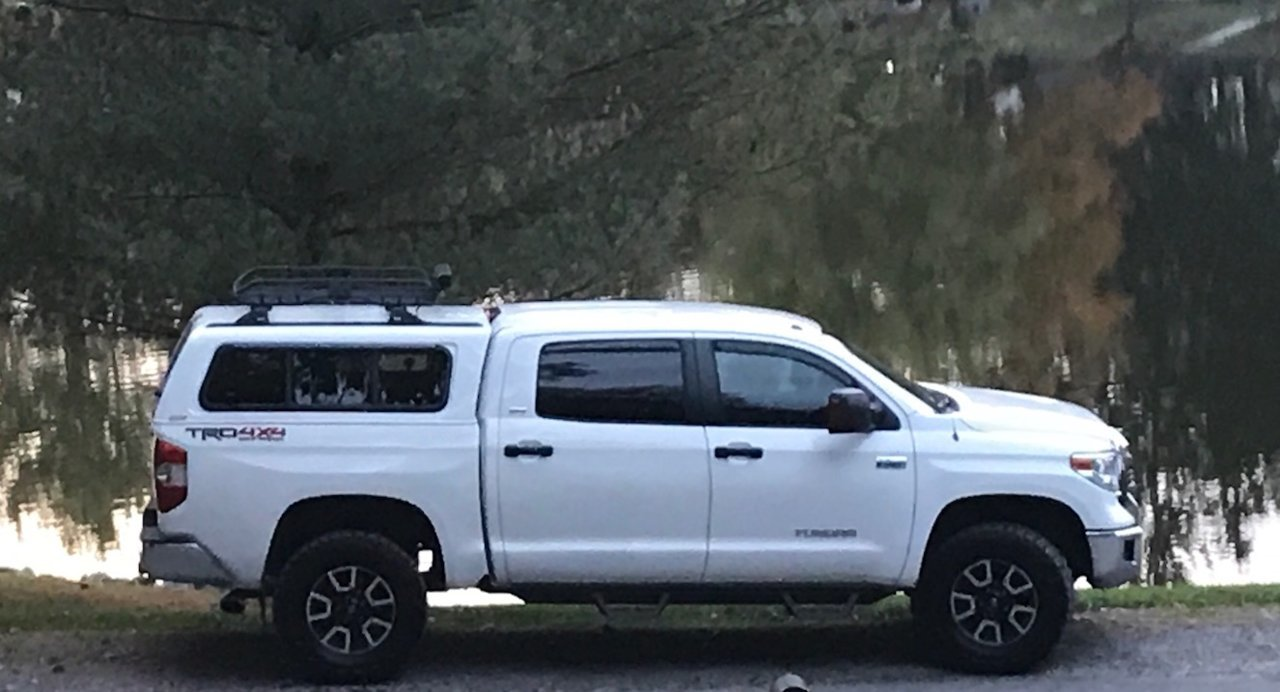 What Length Roof Rack Crossbars On A Cap Toyota Tundra