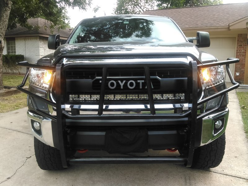 Lower led light bar toyota tundra forum i can put a 32 what i wana know is is it a single row or double row lower bumper area just above license plate anyone have in this area if so aloadofball Gallery