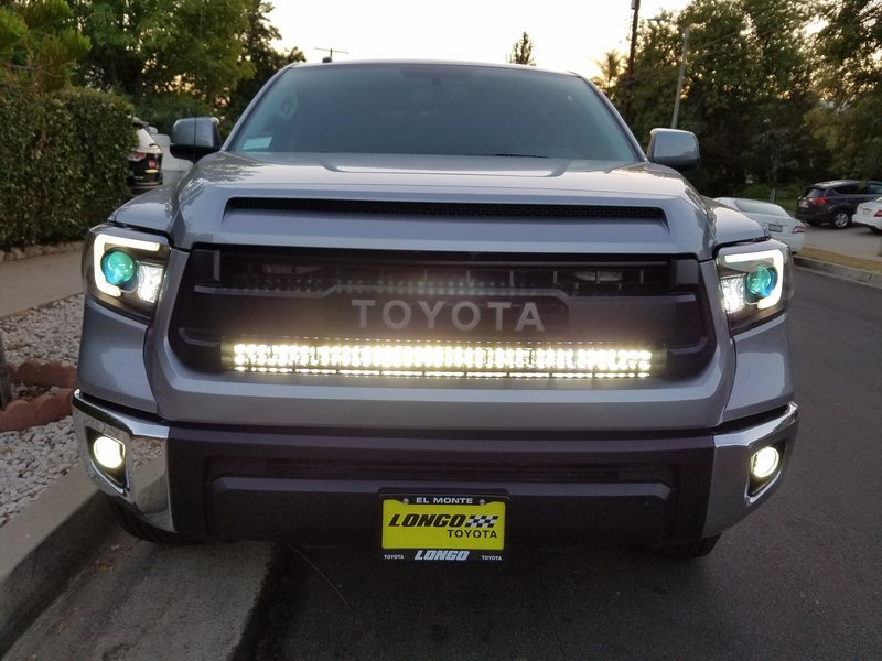 led bar hids on.jpg