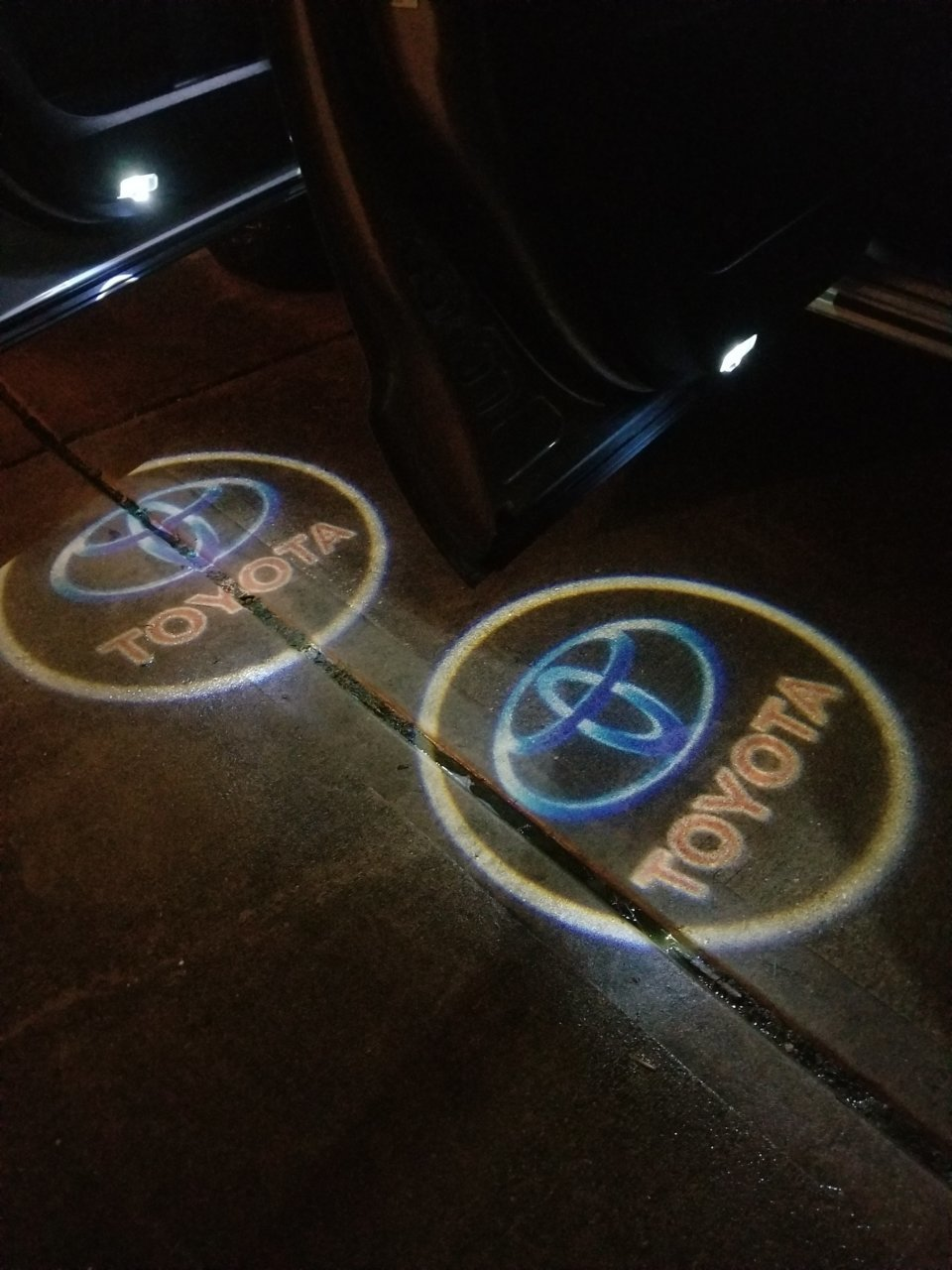 Projector lights.jpg