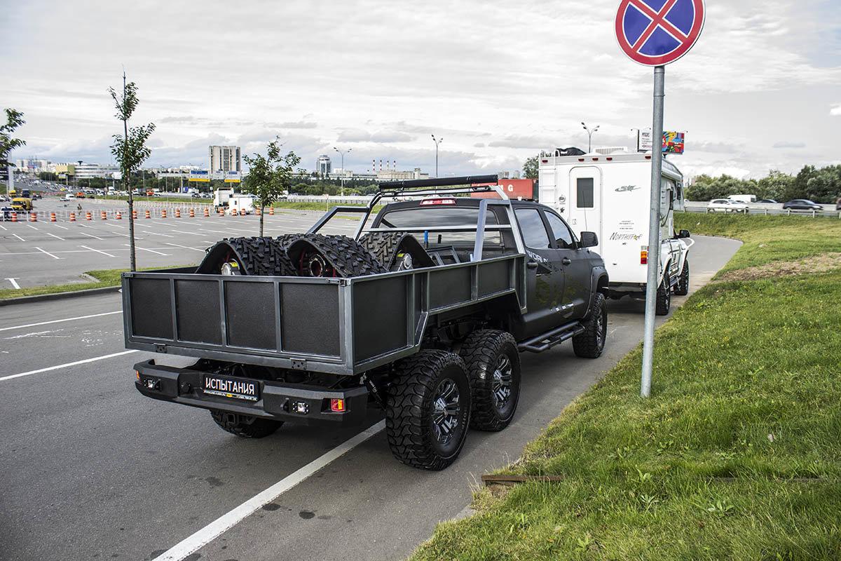 Toyota-Tundra-6x6-21.jpg
