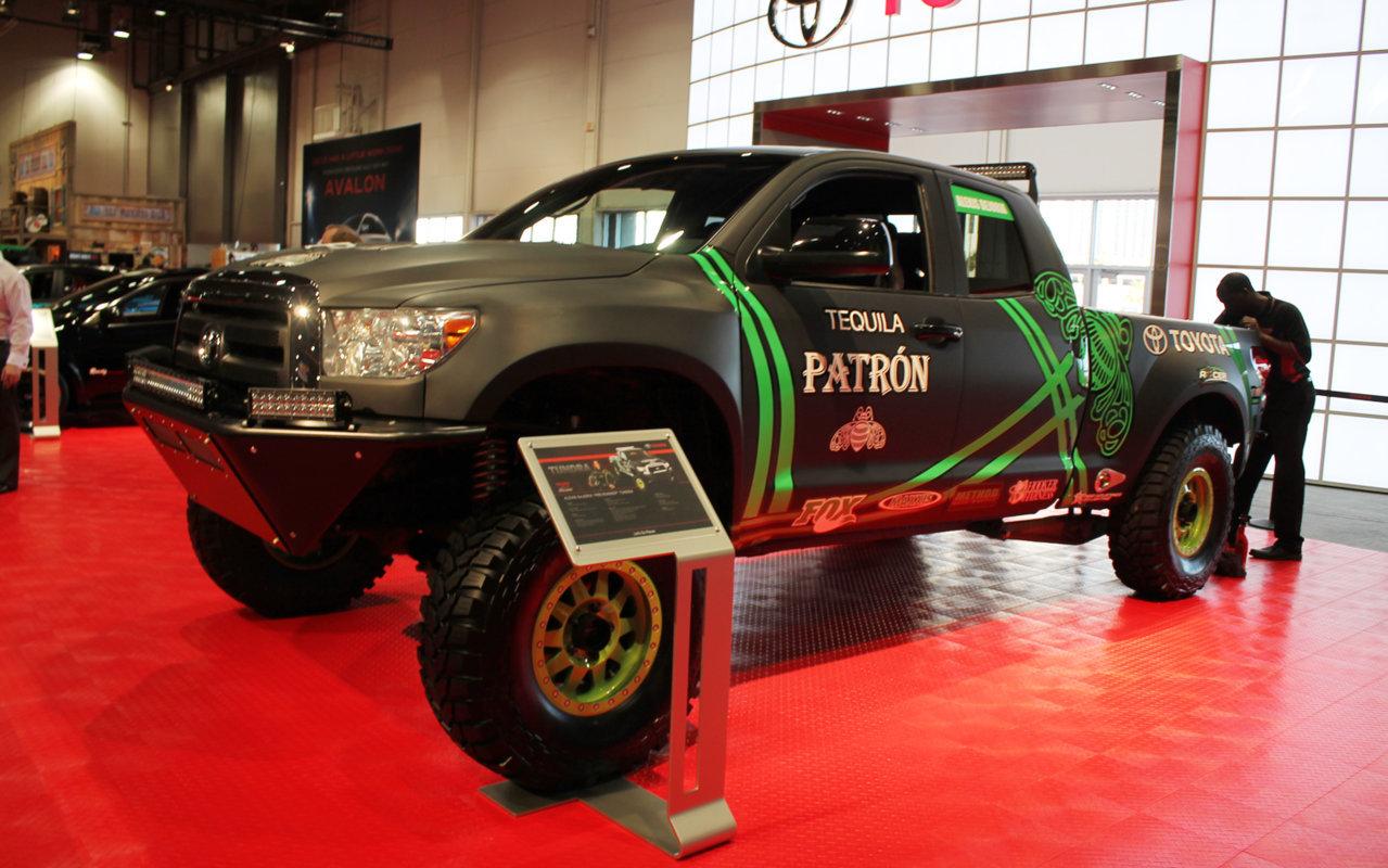 Toyota-Tundra-Pre-Runner-front-three-qua_c111dcda1d53e0065e4db01d524e00d121e0776a.jpg