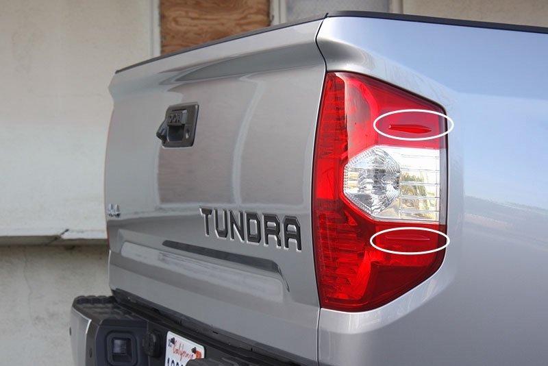 tundra-taillight.jpg