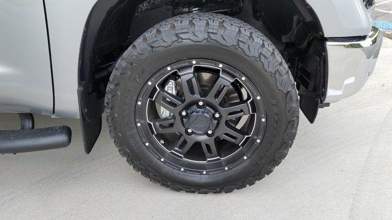 Tundra wheel.jpg