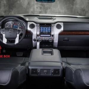 2014-Toyota-Tundra-dash